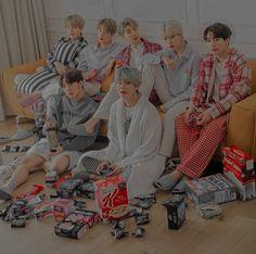 Foto Bts, Bts Photo, Kookie Bts, Bts Bangtan Boy, Namjin, K Pop, Jikook, Hue, Bts Header