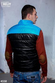 696b346d885e Спортивная одежда зимняя, осенняя · Мужской утепленный жилет Цвет  черный    голубая вставка. Размеры 46, 48, 50
