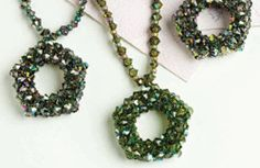 Learn Cubic Right-angle Weave, Step By Step - Daily Blogs - Blogs - Beading Daily