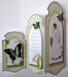 Butterfly trifold wedding | http://weddingcardtemplates.blogspot.com
