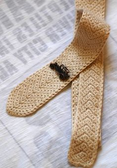 skinny crochet tie - thinking more manly color would be cool...like dark gray or navy