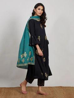 Black Hand Block Printed Cotton Kurta with Pants and Green Dupatta- Set of 3 Indian Gowns Dresses, Indian Fashion Dresses, Pakistani Dresses, Indian Outfits, Girls Dresses, Stylish Dress Designs, Stylish Dresses, Elegant Dresses, Trendy Outfits