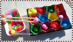 Clasificar colores y pinza con palillos chinos