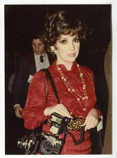 Gina Lollobrigida, rarely without her cameras, original x 5 photograph by celebrity photographer Peter Warrack. Printed by Warrack as part of his personal archive. Previously unpublished. Gina Lollobrigida, Celebrity Photographers, Italian Actress, Candid, Hollywood, Actresses, The Originals, Celebrities, Lady