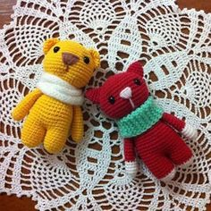 Marmalade candy animals – FREE crochet toy patterns. The crochet toy patterns include the instructions for bunny, kitten and bear.