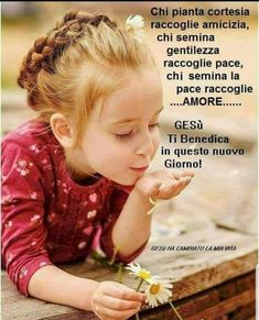 Gesù AMACI Italian Memes, Food For Thought, Good Morning, Prayers, Religion, Friendship, Be Nice, Pretty Quotes, Bonjour