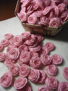 make flowers from paper too? Handmade Wedding Paper Piece Set of Custom Made Very Pretty Shabby Chic Scrapbook Paper Flower Rolled Roses Paper Flower Garlands, Paper Flower Art, Paper Flowers Wedding, Tissue Paper Flowers, Wedding Paper, Flower Crafts, Diy Flowers, Fabric Flowers, Front Door Christmas Decorations