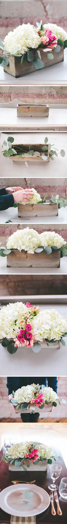 DIY: Centros de mesa con hortensias naturales / http://apracticalwedding.com/                                                                                                                                                                                 Más