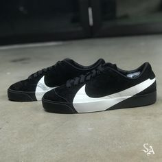 New Sneakers, Casual Sneakers, Casual Shoes, Sneakers Nike, Mens Clothing Guide, Vans Shoes Fashion, Kicks Shoes, Fresh Shoes, Only Shoes