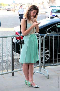 pretty pretty. #AngelicaArdasheva in Paris.