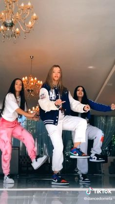 Hip Hop Dance Videos, Dance Moms Videos, Dance Music Videos, Dance Choreography Videos, Funny Video Memes, Funny Short Videos, Cool Music Videos, Good Music, Cool Dance Moves