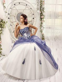 Robe de mariee de deux couleurs