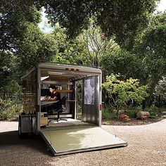 Outdoor Design: 12 Awesome Office Pods For Your Backyard