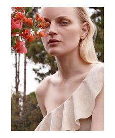 Guinevere van Seenus for Harper's Bazaar Spain June 2016 | The Fashionography