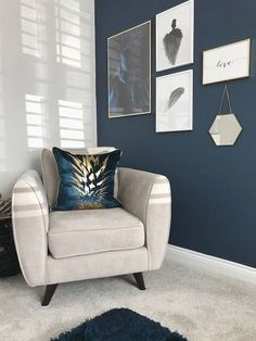 25 elegant living room wall colors that match furniture . - 25 Elegant living room wall colors that match furniture - Room Wall Colors, Living Room Colors, New Living Room, My New Room, Living Room Designs, Blue Feature Wall Living Room, Blue Living Room Walls, Living Room Wall Ideas, Kitchen Feature Wall