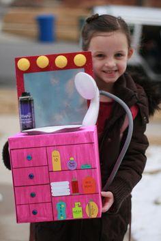 Our Scoop: Valentine's Beauty Salon Valentine Box Valentine Boxes For School, Valentines Day Treats, My Funny Valentine, Valentines For Kids, Valentine Day Crafts, Printable Valentine, Homemade Valentines, Valentine Wreath, Valentine Ideas