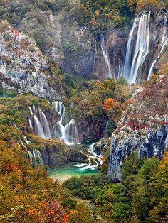 Plitvice lake ,waterfalls  CROATİA