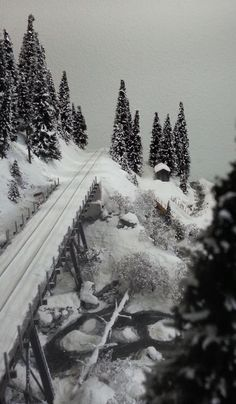 The Snow Diorama | Model Railroad Hobbyist magazine | Having fun with model trains | Instant access to model railway resources without barriers