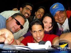 """Hoy los #Contertulios hicieron de las suyas hablando sobre la #radiodifusión en #Venezuela. Un programa dedicado a todos los compañeros de la estación, a propósito de haberse celebrado esta semana el """"Día de los Trabajadores de la Radio en Venezuela"""". #LaTertulia ... Venezuela Genuina ... por #VictoriafM #TuRadioVialInformativa."""
