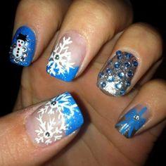 I wanna do my nails like this.