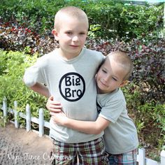 SOOOO excited to be sharing another free pattern this week. I meant to get this boys summer t-shirt free pattern out to you all a bit earlier in the season… but life just got busy. There is still some summer left though, right? Still time to sew short sleeve shirts? I'll get a long sleeve …