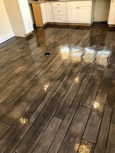 Cement Floor, Concrete Wood, Basement Makeover, Diy Flooring, Flooring, Concrete, Concrete Porch, Floor Design, Concrete Stained Floors