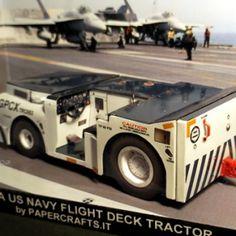 US Navy Flight Deck Tractor AS32A papercraft