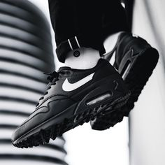 9261dc9767 58 Best Shoes images in 2019 | Sneakers nike, Loafers & slip ons ...
