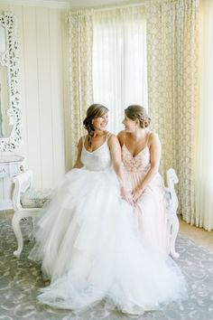 The bride and her maid of honor: http://www.stylemepretty.com/little-black-book-blog/2015/03/11/classic-elegance-at-trump-winery/ | Photography: L. Hewitt - http://landmhewitt.com/