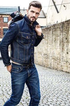 Rugged double denim combo with a denim jacket with blue jeans navy canvas bag. Nudie Jeans, Denim Jeans, Blue Jeans, Double Denim, Mode Masculine, Mens Fashion Suits, Denim Fashion, Fashion Fashion, Street Fashion