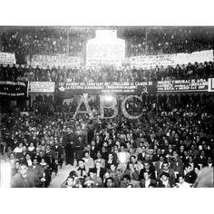 ASPECTO DE LA SALA DEL TEATRO CIRCO DE MURCIA DURANTE EL MÍTIN ANTIFASCISTA, CON LA ASISTENCIA DEL MINISTRO DE INSTRUCCIÓN PÚBLICA.18/11/1936: Descarga y compra fotografías históricas en | abcfoto.abc.es