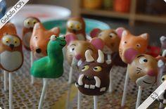 Gruffalo cake pops ~ fab Twin Boys Birthdays, 5th Birthday Boys, Birthday Ideas, Birthday Parties, Gruffalo Party, Cake Pop Designs, Cup Cakes, Oscars, Yummy Cakes