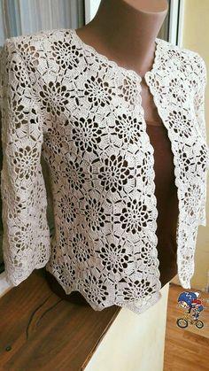 14 Crochet cardigan pattern by Hitomi Shida (志田 ひとみ) Crochet Coat, Crochet Jacket, Crochet Blouse, Crochet Clothes, Crochet Bolero Pattern, Crochet Patterns, Diy Crafts Crochet, Lace Shrug, Crochet Fashion