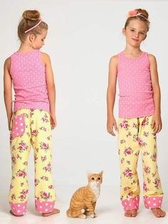 These super comfortable pants will keep your little girl warm while looking stylish. They are a fast and easy make for beginner sewers. They come with a contrast cuff and pocket option so you can mix and match details to create something unique.