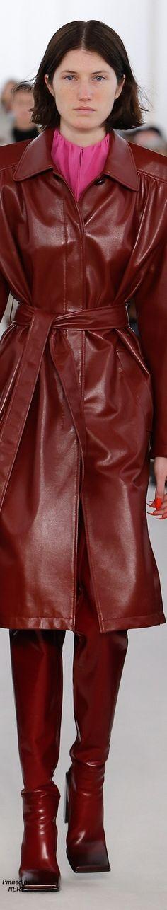 Balenciaga Spring, Balenciaga Womens, Leather Coats, Leather Jacket, Fashion Glamour, Burgundy Color, Fashion Colours, Furla, Real Women