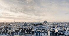 París la ciudad de la luz, la ciudad del amor y de la moda, París y sus clichés, la Torre Eiffel, los macarons, el 'Oh là là', París bien vale una misa, siempre nos quedará París… Oui, oui, oui, habrás ido mil veces y creerás que la conoces, pero seguro que aún te quedan por tachar algunas cosas de la lista… allez on commence!