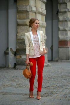 Blazer Branco+Calça Vermelha