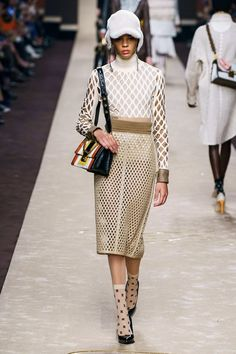 5438a6122343 Fendi Fall 2019 Ready-to-Wear Collection - Vogue Fashion Show Collection