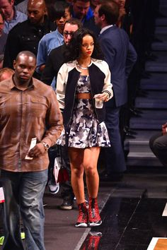 These celebs know how to take in pro basketball games in style.