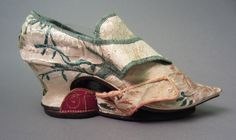 Shoe and patten1740-1776 1958.2944 A-D Shoe, Full
