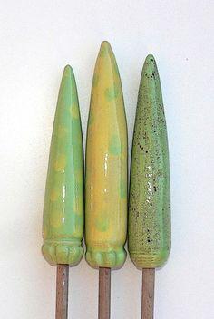 """Pflanzen- & Gartenstecker - Gartenstecker  """"SPITZEN"""" ,  in gelb-grün Tönen - ein Designerstück von Brigitte_Peglow bei DaWanda"""