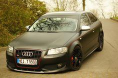 Audi RS3, Flat black