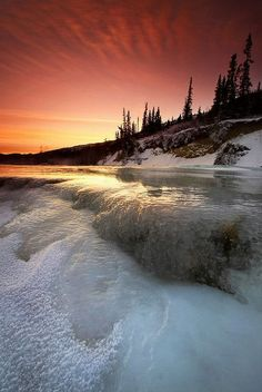Alaska sunset.......[This is one of the most intiment beautifulest dangerous looking waterfall that I have ever seen in my whole intire life!