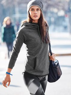 Yoga Clothes : Sentry Hoodie Sweatshirt and Sonar Magnetic Tight Sporty Outfits, Athletic Outfits, Athletic Fashion, Athletic Style, Sport Fashion, Fitness Fashion, Looks Academia, Athleisure Wear, Workout Wear