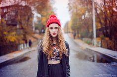 by Laura Norinkevičiūtė (www.laphotto.com) #portrait #whitechick #fashion #position #face #curly #blond #hair #style #autumn #colors #redhat #laphotto #street