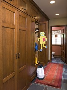 Mud Room Design, Pictures, Remodel, Decor and Ideas - page 4