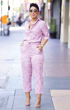 HI DARLINGS! So I have been wanting to re-make my SIMPLICITY PATTERN #8060(purchase patternHERE) in a less traditional fabric so when I came across this fabric in a different colorway than the one I made HERE I decided it would be perfect for my jumpsuit. I wanted to dress it up by using the brocade …