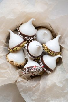 Christmas Chocolate Dipped Meringue Kisses