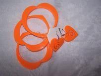 Orange plastic hearts bangles and earrings set summer fun
