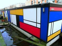 Mondrian houseboat